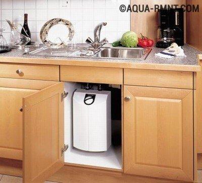 Какой водонагреватель лучше для установки на кухне