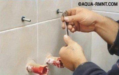 Установка раковины в ванной: монтируем крепежи
