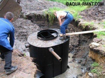 Монтаж бочки для канализации
