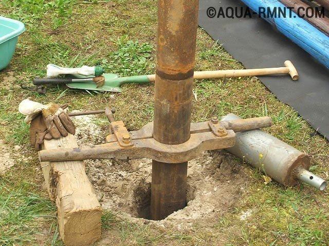 Как достать трубу из скважины