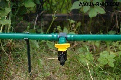 Разборный водопровод укладывается на землю