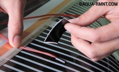 Крепление датчика температуры на пленочный теплый пол под ламинат