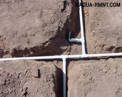 Прокладка водопровода на даче из полиэтиленовых труб