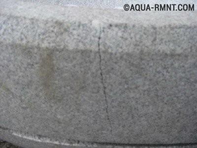 Склеиваем мраморный унитаз