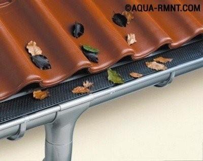 Установка водостоков на крыше своими руками: защитная сетка