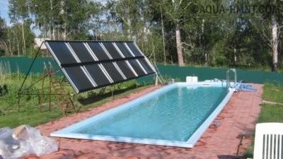 Солнечный коллектор у бассейна