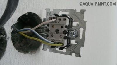 Установка внутреннего проходного выключателя