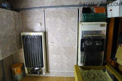 Задняя часть холодильника