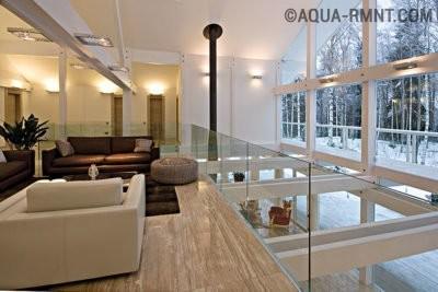 Кирпичный дом с панорамным остеклением