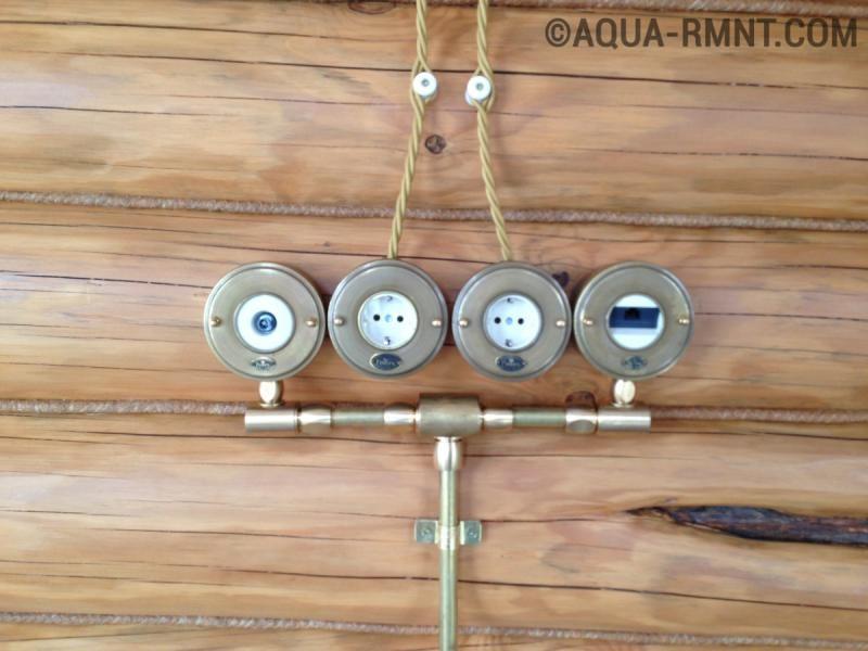 Открытая ретро-проводка в деревянном доме: стильно и необычно