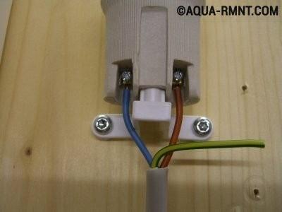 Подсоединение патрона для лампы