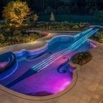 Подсветка бассейна необычной формы