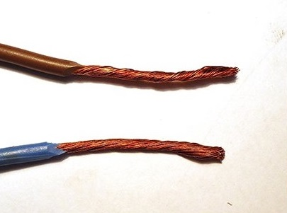 Два многожильный провода