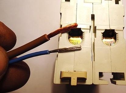Многожильные провода и клеммная колодка