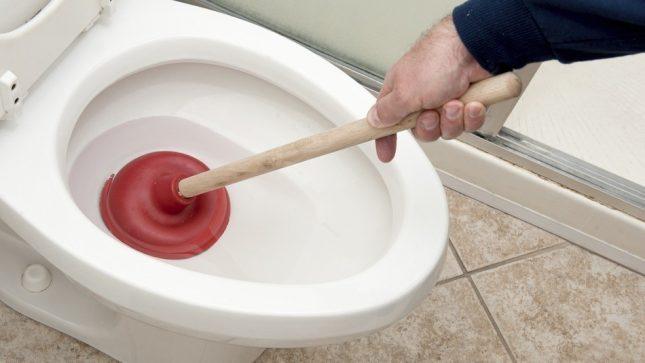 засор туалета