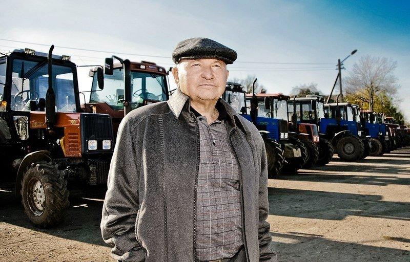 Где сейчас живёт Лужков Юрий Михайлович: домик в деревне для бывшего мэра