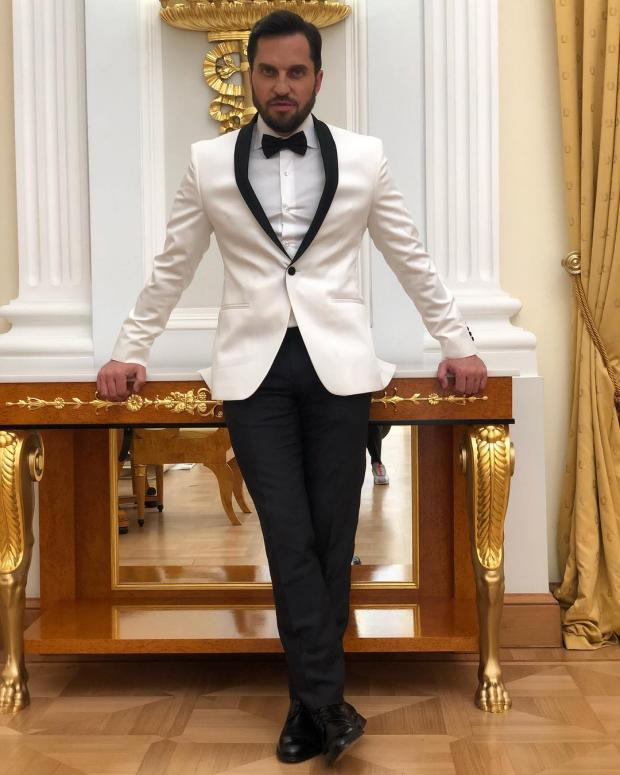 Александр Ревва в своём доме