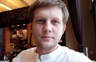 Где живёт Борис Корчевников: скромная квартира на двоих с мамой