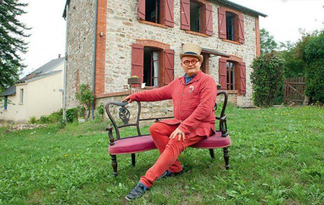 Где сейчас живёт историк моды Александр Васильев