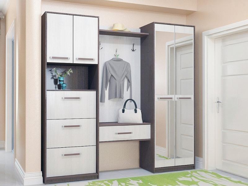 5 способов удачного подбора мебели для зрительного увеличения прихожей