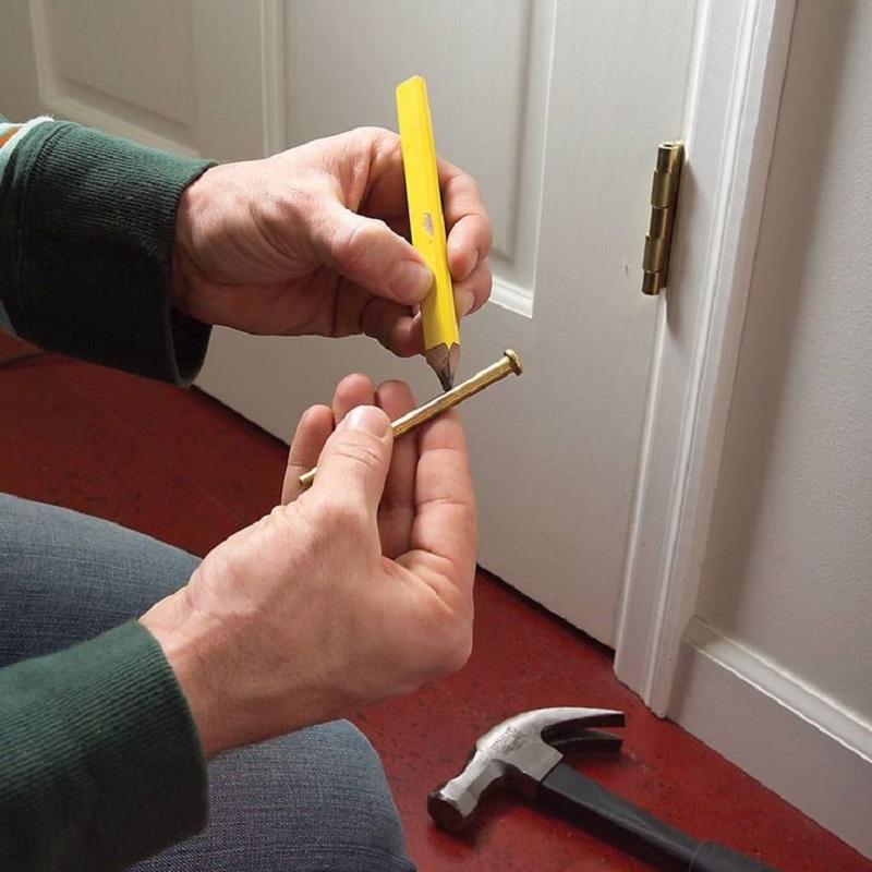 3 простых способа избавиться от скрипа двери