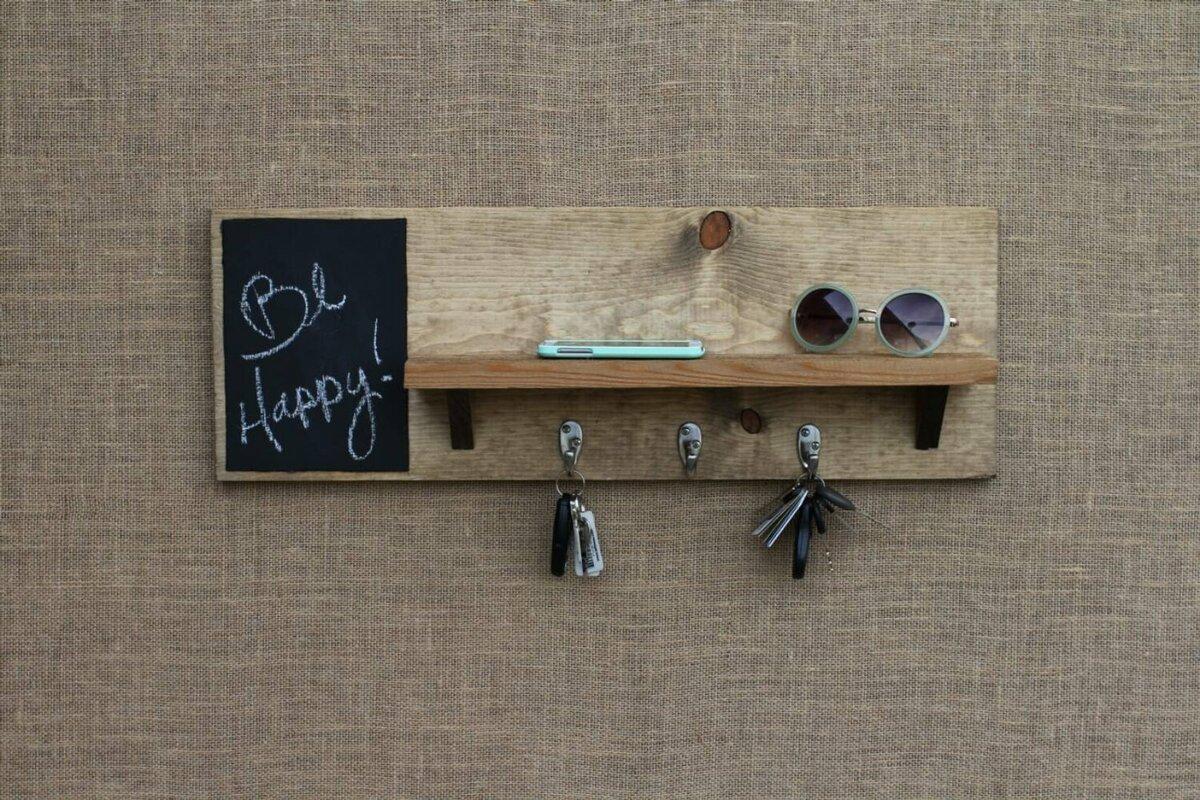 Как самим сделать удобную ключницу, чтобы навести порядок в прихожей
