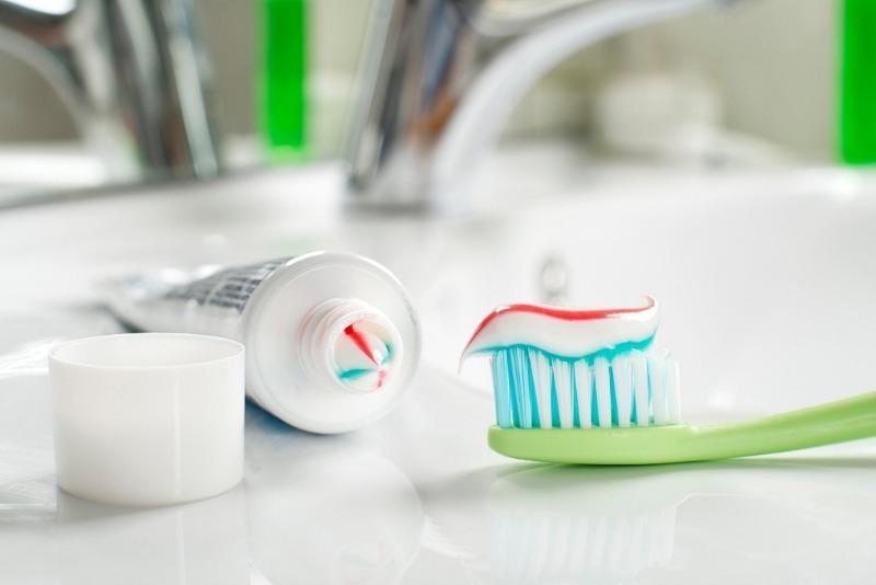 5 вещей, которые легко очистить зубной пастой