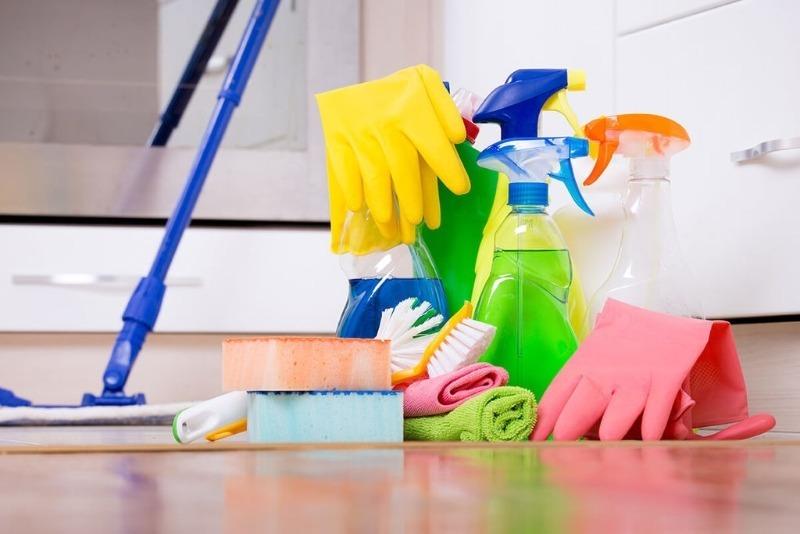 7 способов заменить дорогую бытовую химию при уборке в ванной