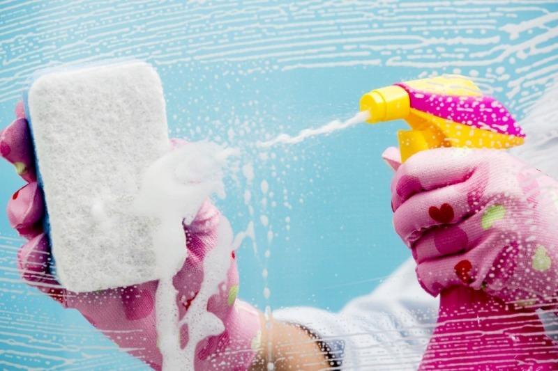 Как с помощью подручных средств убраться дома, чтобы сэкономить время